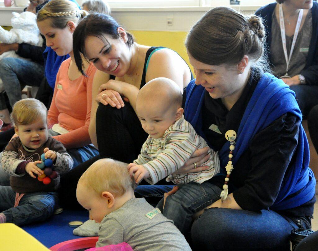 Gemeinschaft erleben in Eltern-Kind-Gruppen